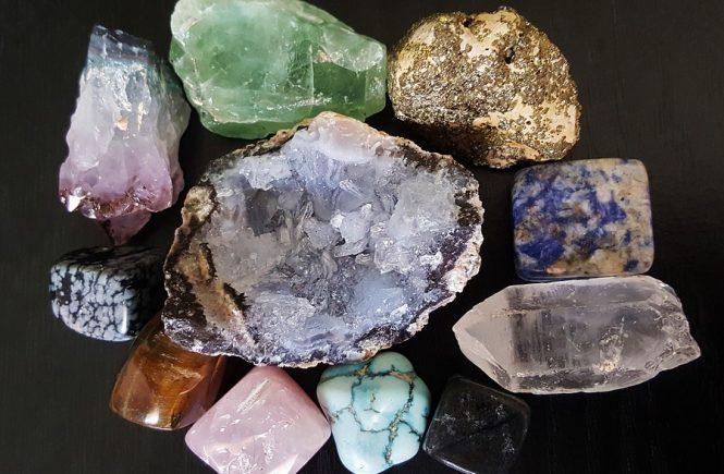 signos del zodíaco y sus piedras de suerte